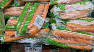 Simple Truth Ogranic Carrots 1lb. Only $0.49 with Kroger 5X Digital Coupon!