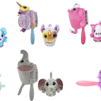 Wet Brush Hair Brush Kids Detangler with Detachable Plush Toy!